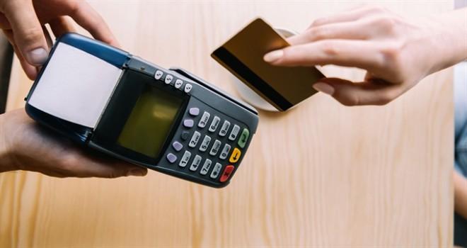 Cüzdanlarda en az 2 kredi kartı taşıyoruz...