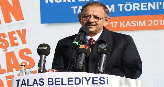 Türk parasını itibarsızlaştırmak için ellerinden geleni yaptılar