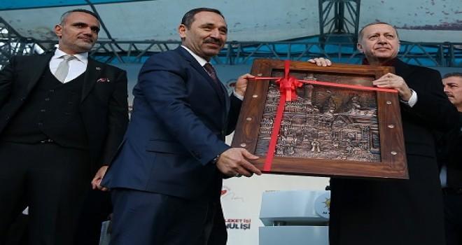 Cumhurbaşkanı Erdoğan Etimesgut'ta