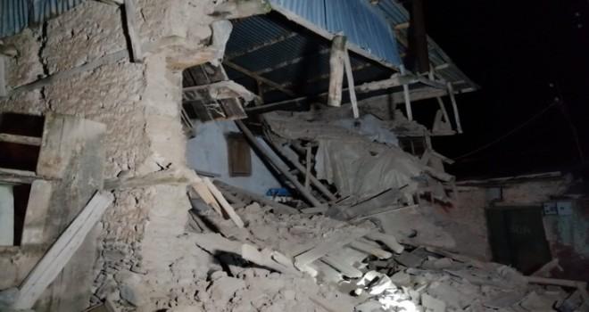 Deprem Elazığ vurdu ölü ve yaralılar var