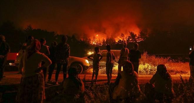 Karabağlar Tırazlı'daki yangın kontrol altına alındı