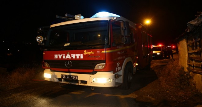Çankaya'da gecekondu yangını