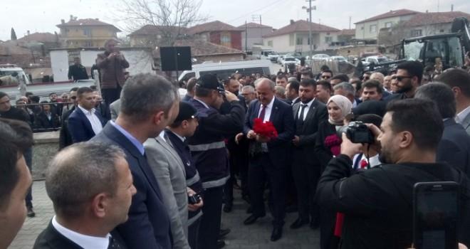 Yahşihan Belediye Başkanı Türkyılmaz mazbatasını aldı..