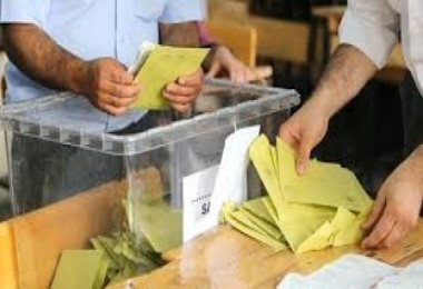 Ankara'da 11 ilçe oyları yeniden sayılacak