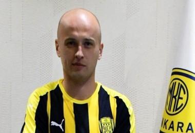 MKE Ankaragücü, Michal Pazdan'ı transfer etti.