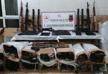 Kargo aracında 340 kaçak av tüfeği ele geçirildi...