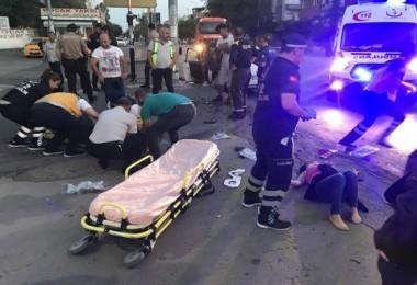 Araçtakiler yollara fırladılar: 8 yaralı