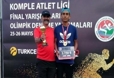 Kırşehirli atlet şampiyonluğa koştu...